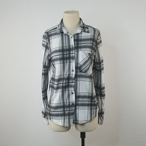 3/$25 Polly & Esther Plaid Black & White button up